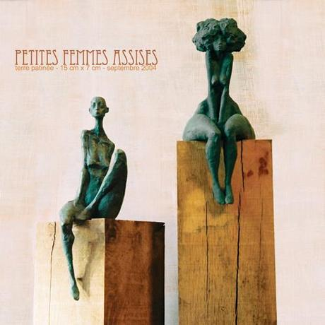 Valérie Hadida – femmes assises, sculptures