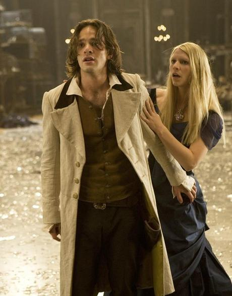 stardust_movie_image_charlie_cox__claire_danes
