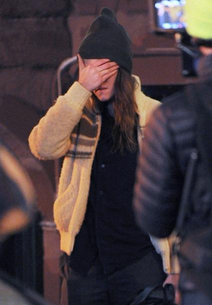 Kristen Stewart pleure