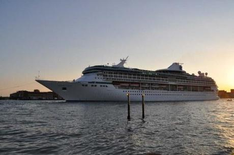 Le Legend of the seas dans le canal de la Giudecca le 20 septembre 2013