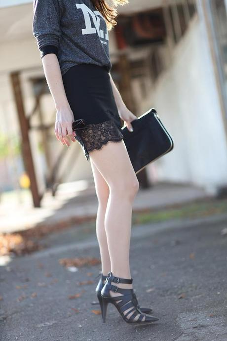 lace skirt The one