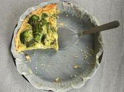 Tarte brocolis, chèvre frais pesto