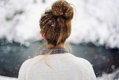 Messy buns with sweatterrs !