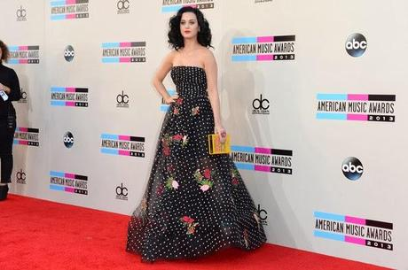Top 5 des pires looks des American Music Awards 2013