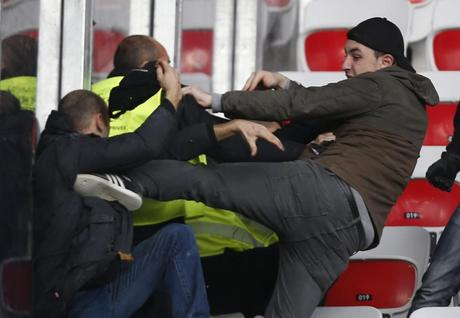 Violences entre supporters (OGC Nice – AS Saint-Etienne)