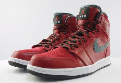 air-jordan-1-high-retro-premier-varsity-red-dark-army-06
