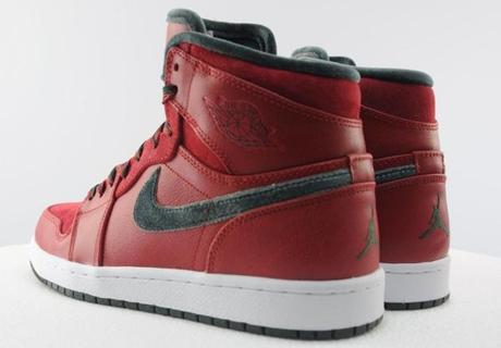 air-jordan-1-high-retro-premier-varsity-red-dark-army-11
