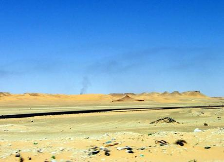 desert_oil_road_photo_StefoF