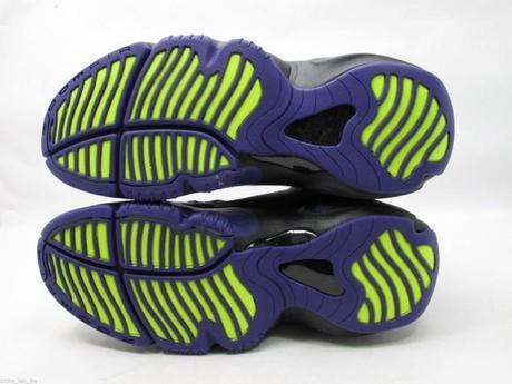 nike-air-zoom-flight-the-glove-lakers-6