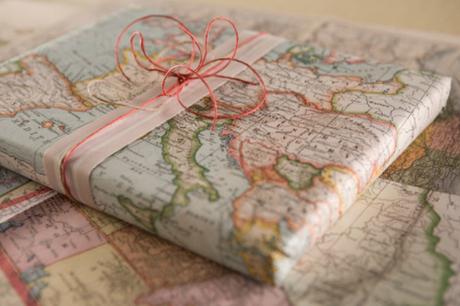 25 idées d'emballage cadeau par CocoFlower - carte comme emballage