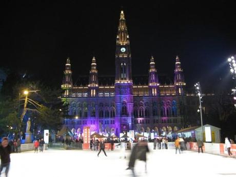 Rathaus e1291738249690 Amazing Outdoor Ice Skating Rinks