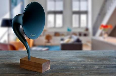 Gramovox Bluetooth Gramophone, un dock avec Bluetooth...