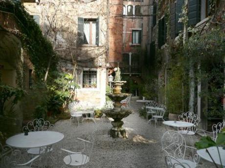 Corte interna Hotel Flora – Venezia.