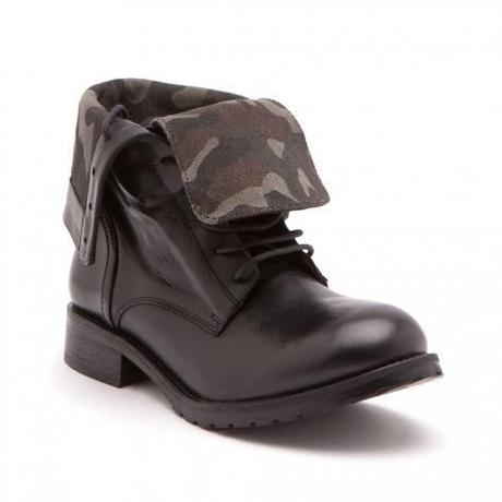Boots revers militaire Texto