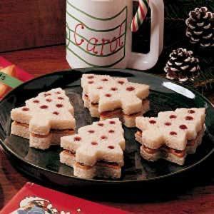 Christmas Tree Sandwiches