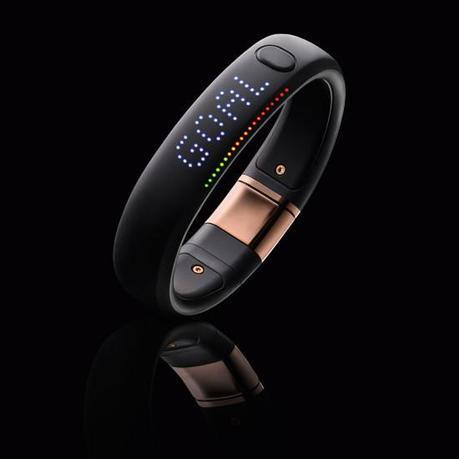 Image nike fuelband se rose gold 4 550x550   Nike+ FuelBand SE Rose Gold