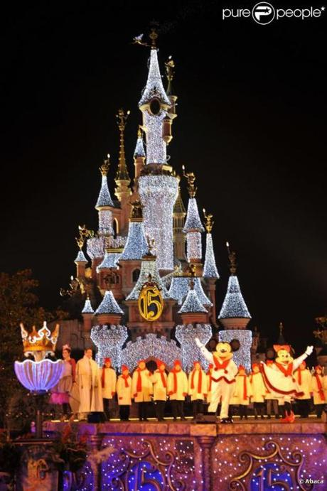 312480-illumination-a-disneyland-paris-pour-637x0-1