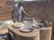 Projet Foyers améliorés: santé dolotières protection l'environnement comme leitmotiv