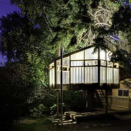 2n_elliott_JM_treehouse