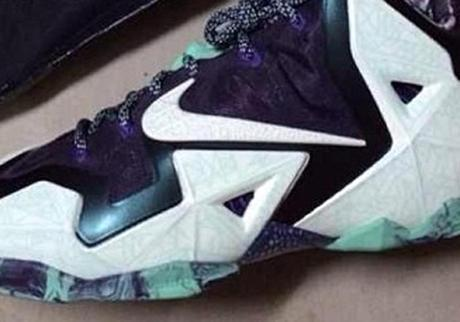 nike-lebron-11-glow-in-the-dark