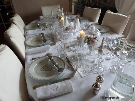 Table féerique en habit blanc / Enchanting table all in white