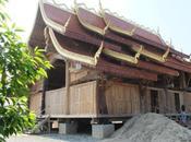 décembre 2013. Visite Temple Bois Tham Yard.