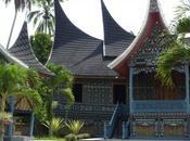 MAISONS MINANGKABAU (Indonésie)