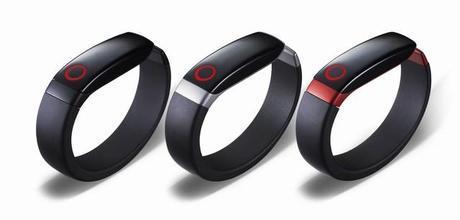 CES 2014 : LG dévoile son bracelet connecté, le Lifeband Touch