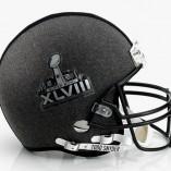 Des stylistes américains revisitent le casque de football américain