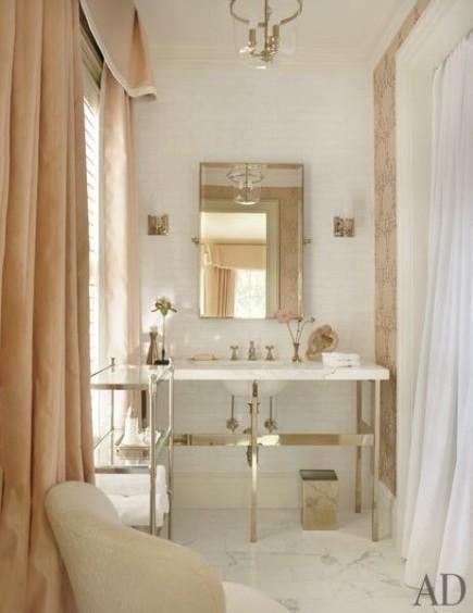 Salle de bain - blanc et or
