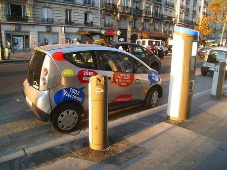 Autolib' Station, Paris, Boulevard Diderot