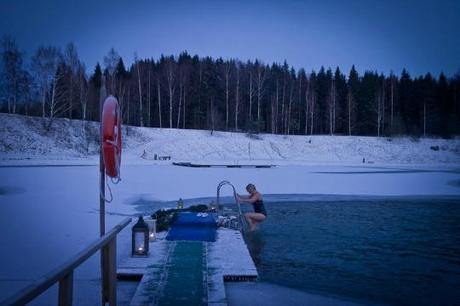 L'Ice Swimming en Finlande par Voyages etc...
