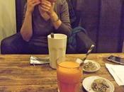 Restaurant salon toulousain coudes table
