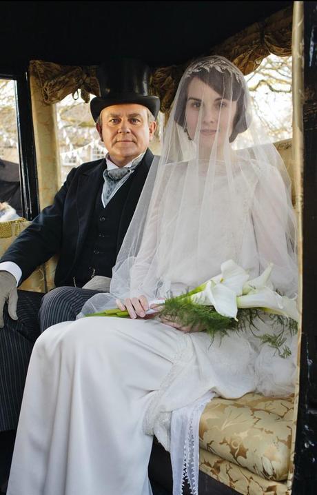 Bien connu La véritable robe de mariée de « Downton Abbey » proposée à la  UV64