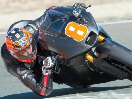 M2-2014-02-05-Gino-Rea-moto2_test_almeria_day2_3.jpg