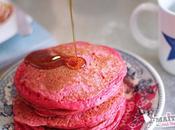 Buttermilk pancakes roses pour Saint Valentin