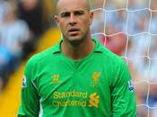 Liverpool Pepe Reina ferme porte