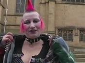 punk fait relooker pour devenir belle femme