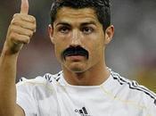 moustache, nouveau style terrains foot?