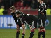 Bundesliga Leverkusen agonise, Dortmund profite