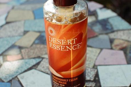 Nettoyant visage Desert Essence pour peau normal, au Tea tree oil