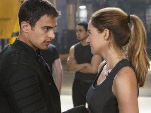 Divergente-Photo-Shailene-Woodley-Theo-James-01