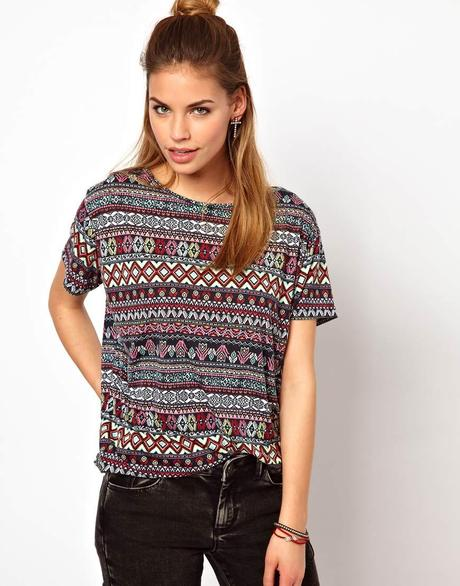 http://images.asos-media.com/inv/media/1/9/0/2/2802091/multiaztec/image1xxl.jpg