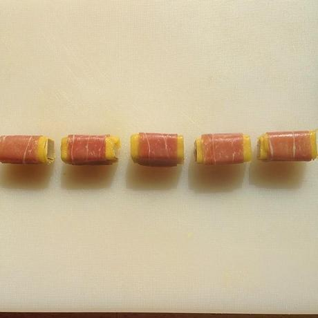 Makis de foie gras, mangue et jambon de Parme