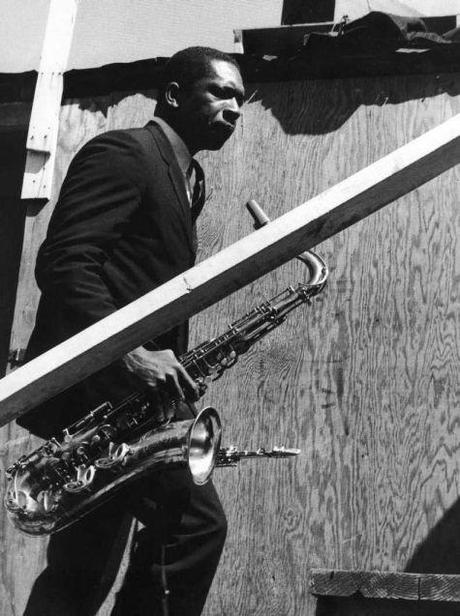 Blonde et Idiote Bassesse Inoubliable*******************A Love Supreme de John Coltrane