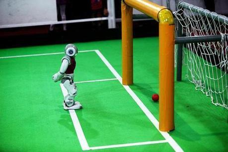 Découvrez la RoboCup 2014