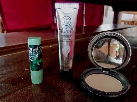Tests : BB cream, poudre et correcteur The Body Shop