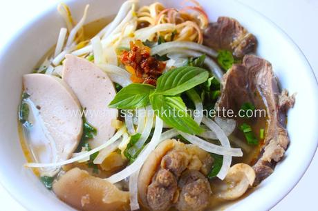 Bun bo Hue de La Kitchenette de Miss Tam 24 copie