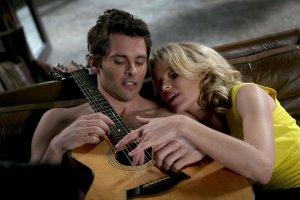 Blackout-Total-Photo-Elizabeth-Banks-James-Marsden-02