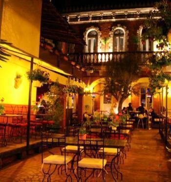 Visite déco : les jardins de l'Ambassade à Toulouse